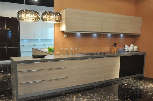 Kitchen Cabinets Mdf wooden kitchen cabinets with high gloss mdf in guangzhou baiyun