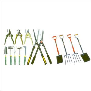 Garden digging tool manufacturers dealers exporters for Gardening tools manufacturers
