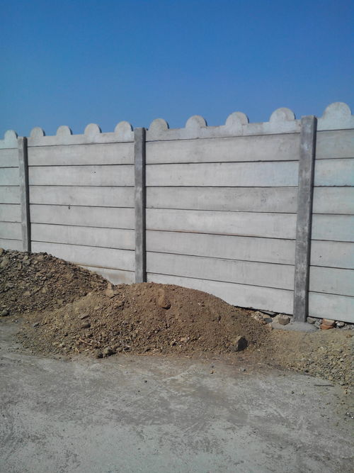 Rcc Lift In Wall : Rcc compound wall in rajkot gujarat trisul cement product