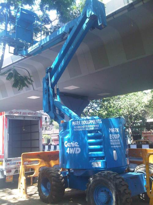 Electric Boom Lift in  New Link Road-Andheri (W)