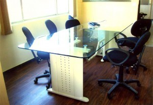 Durable Executive Tables in  Jalahalli