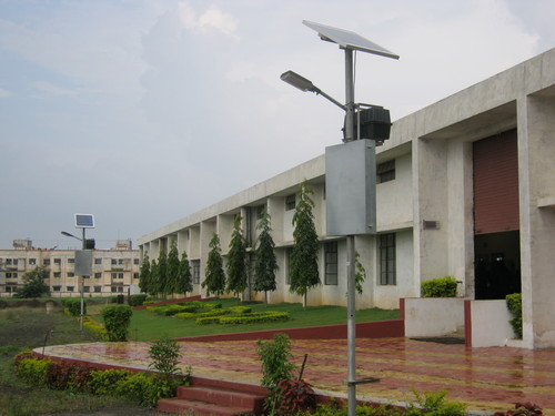 Solar Photo Voltaic Street Light in   M.g. Road
