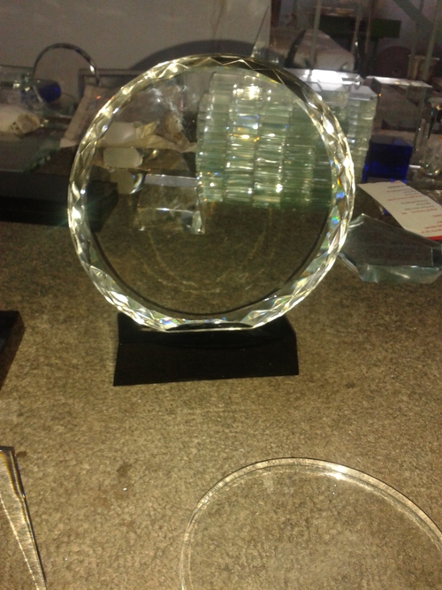 Round Crystal Trophy in  Matiala Indl. Area