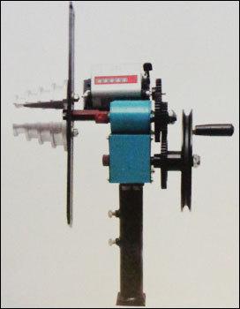 Motor coil winding machine in ahmedabad gujarat umang for Electric motor winding machine