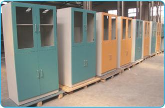 Lab Storage Cabinet in  Makarpura (Vdr)