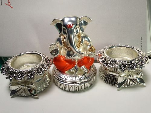 92.5% Sterling Silver Ganesha With Diya