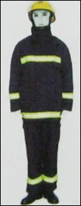 Flame Retardant Multi Layer Suit in  Adajan