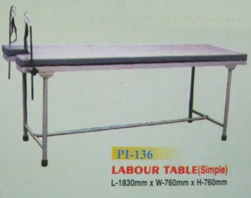 Labour Table Simple (PI-136)