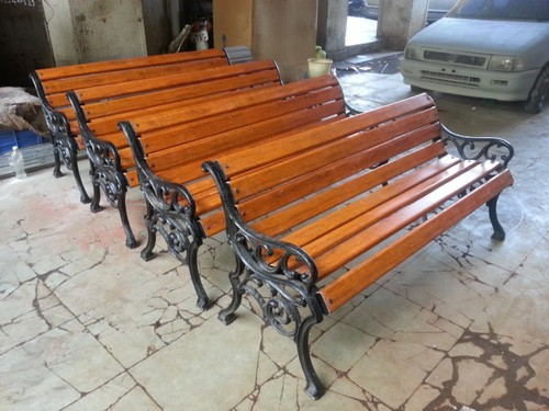 New Cast Iron Garden Benches With FRP Slats In Panvel