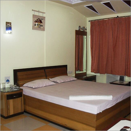 Luxury Room Accommodation Services in   Badamtala More