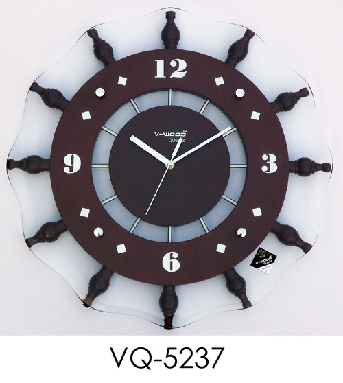 Antique Clock In Morbi Suppliers Dealers Amp Traders