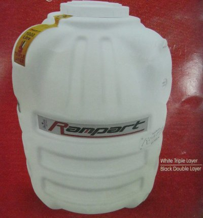 White Triple Layer Water Storage Tanks