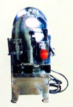Hand Press Type Badam, Pista Slicing Machine in  Sahar Village-Andheri (E)