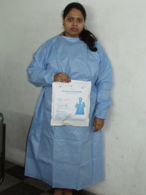 Non-Woven Surgical Gown in  Shahzada Bagh Indl. Area