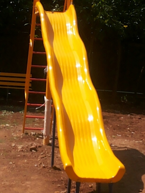 1.5 Mtr Wave Slide With Ladder in  Navghar-Vasai (E)