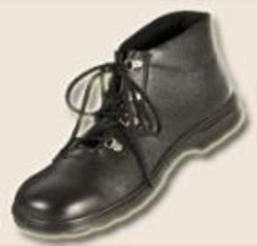 High Ankle Spike Shoe