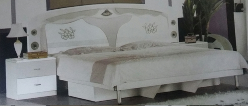 Wooden double bed in new delhi delhi manufacturers suppliers - Double bed image ...
