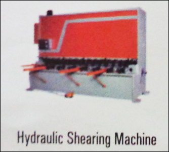 Hydraulic Shearing Machine in  Odhav
