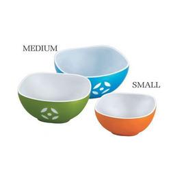 Square Plastic Bowl in  Goregaon (W)