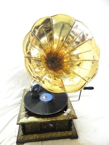 Antique Gramophones (HMV)
