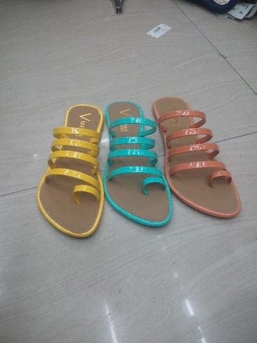 Designer Ladies Slippers in  Chembur