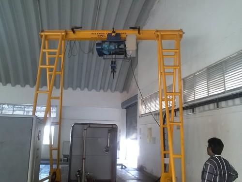 A Frame Gantry Crane in  Hosur Road