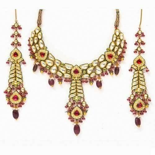 Fancy Kundan Jewellery Set