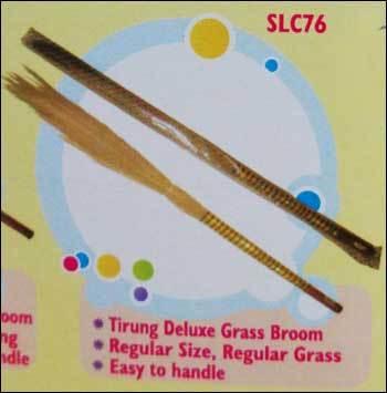 Tirung Deluxe Grass Broom