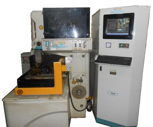 EDM Wire Cutting Machines