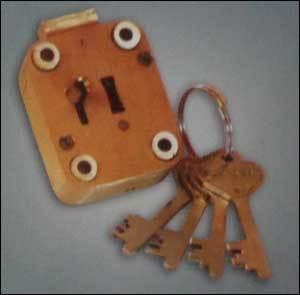 Almirah Gt Lock (Brass Body) in  Bargachia