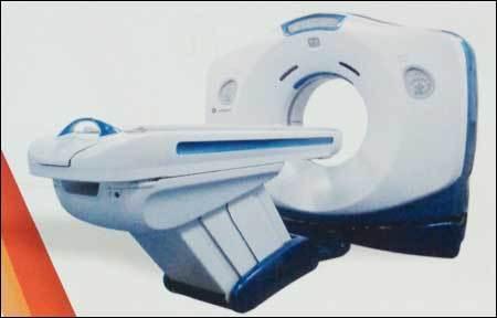 64 Slice CT Scan Machine