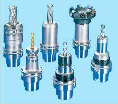 Mounting and Dismounting Tools in  Hindustan Kohinoor Complex-Vikhroli (W)