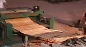 Industrial Veneer Peeling Machine