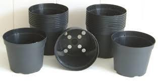 Plastic Pots in  Maval