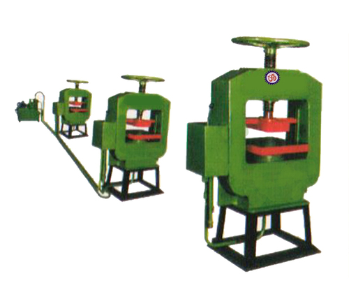 Oil Hydraulic Press in   Behind Bhabha Export