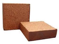 Coco Peat Blocks in  (Po)Aravacurichi (Tk)