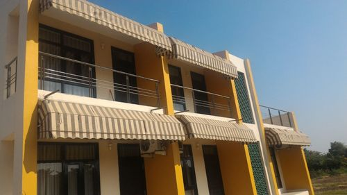 Terrace awnings in new delhi suppliers dealers traders for Terrace india