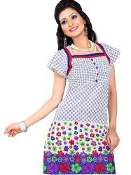 Women Kurtis in  Swaroop Nagar