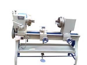 Heavy Duty Glass Working Lathe Machine in  Naraina - Ii