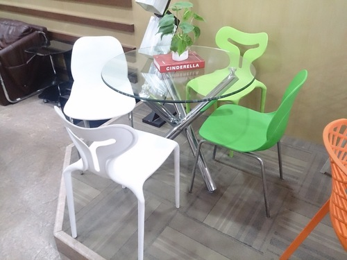 Plastic cafeteria and restaurant chairs in new delhi