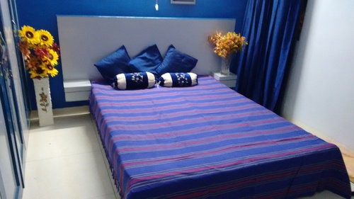 Tarana Vertical Handloom Cotton Bed Sheets (90x100 inches)