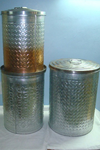 Stackable Embossed Iron Tin Canisters in  Delhi Road
