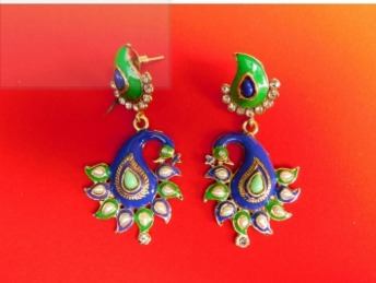 Twin Peacocks Earrings