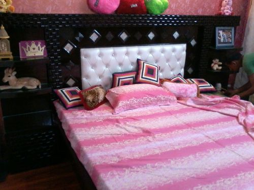 6×6 Flooring Bed in  Kirti Nagar