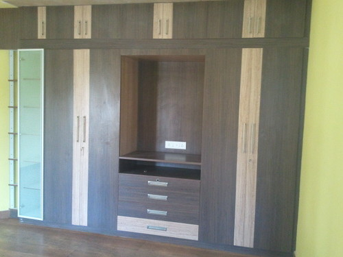 Wooden Cupboard in   Hebbal Industrial Area