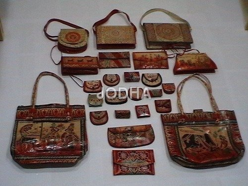 Handcrafted Bags in  Kodungaiyur