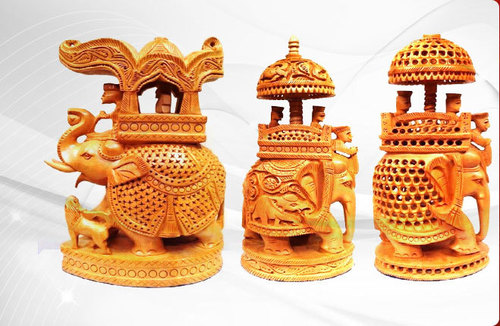 Wooden Elephant Handicrafts in  Kodungaiyur