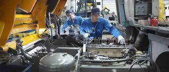 Engine Lubricant Oil in   Sarigam