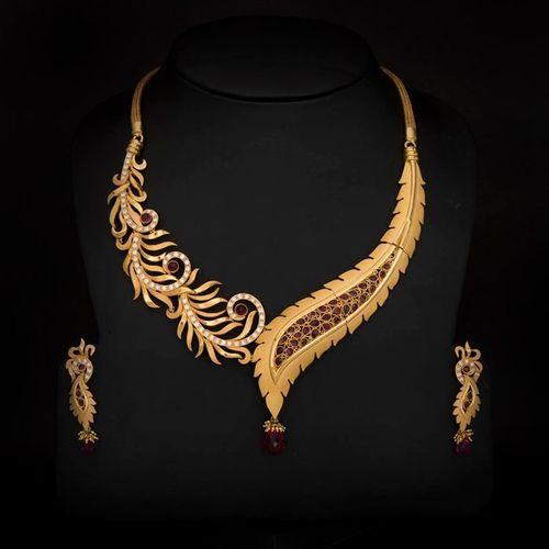 Gold Necklace New Design In Alkapuri  Vdr   Vadodara   Dhanraj. Gold Necklace In New Design Image   Nicoh net