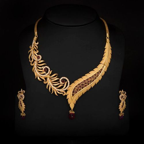 Gold Necklace New Design in Alkapuri  Vdr. Gold Necklace New Design in Alkapuri  Vdr   Vadodara   Manufacturer